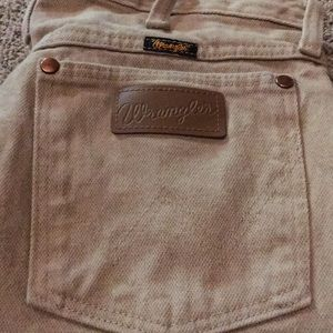 Wrangler khaki jeans: Free with another purchase!